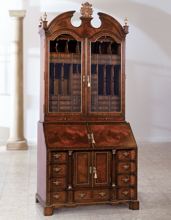 The mahogany one hundred drawer bureau