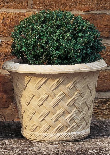 Elizabethan Jardiniere small stone planter