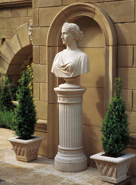 Bust of a Roman maiden on raised pedestal