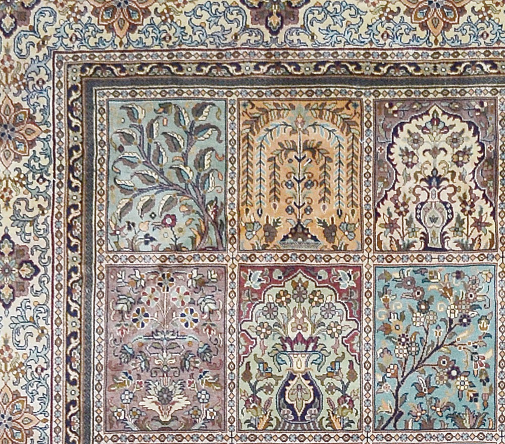 Hand woven silk pile carpet - 167 x 249cm