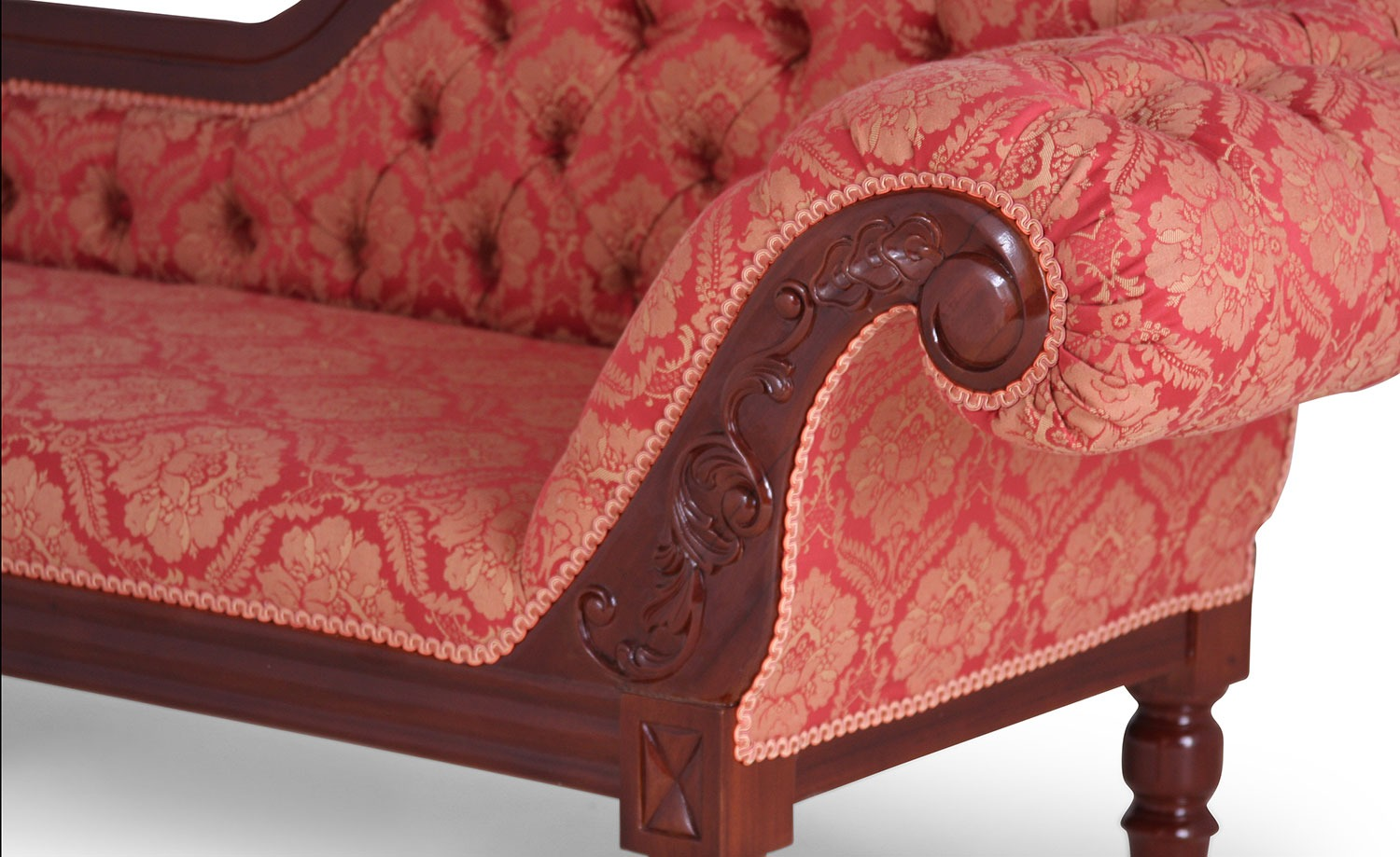 Mahogany chaise longue in red damask