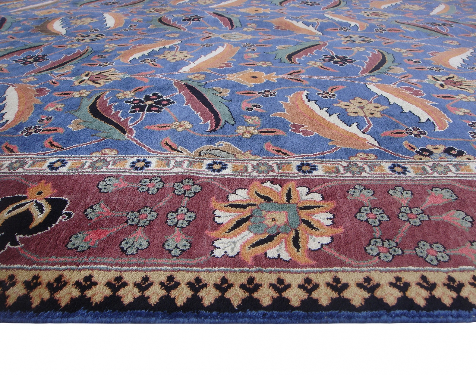 Kirman Vase silk pile carpet
