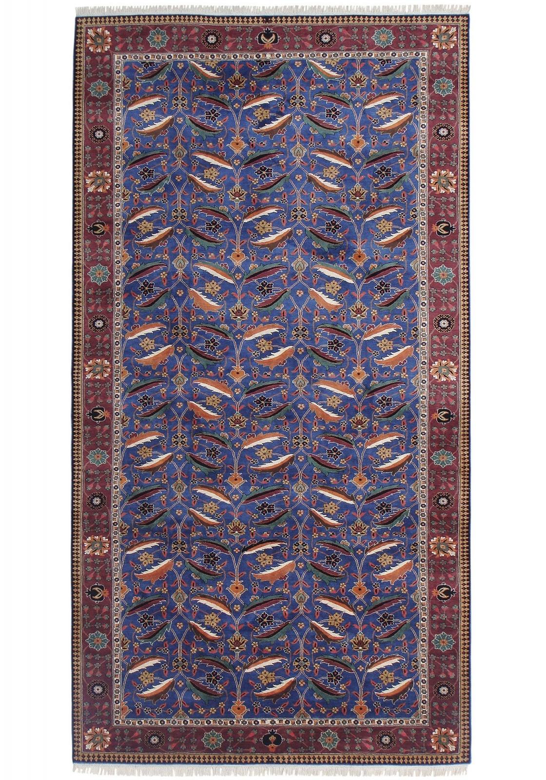 Kirman Vase silk pile carpet