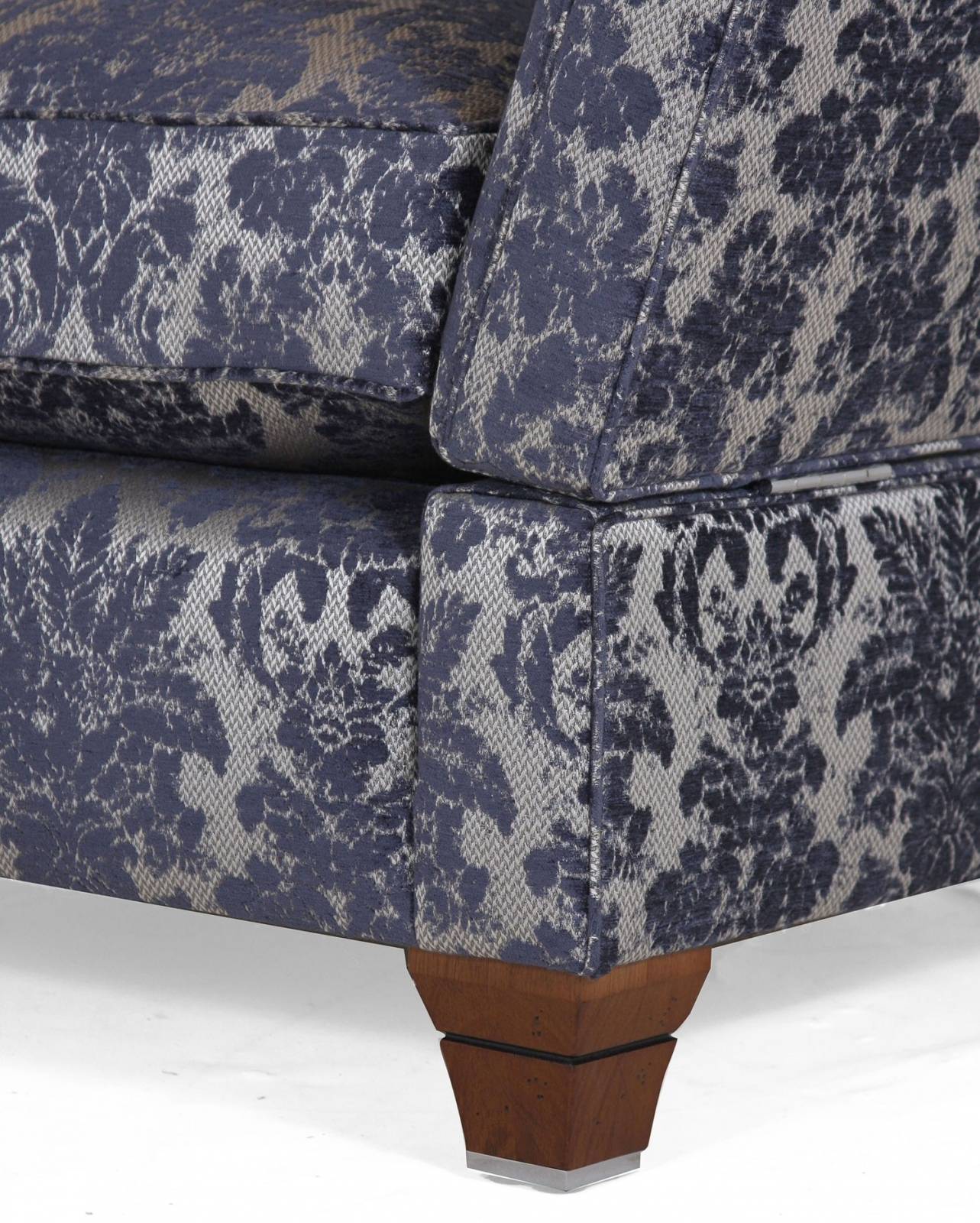 RICHMOND KNOLE 1.5 SEAT SOFA IN IMPERIAL BLUE