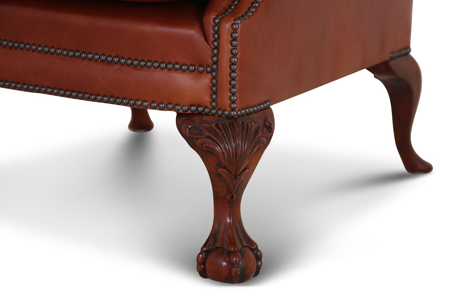 Coleridge buttoned wing chair in Heritage leather