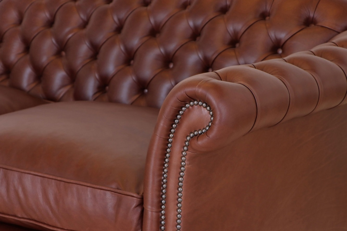 Dryden traditional buttoned sofa and chair - Chocolate