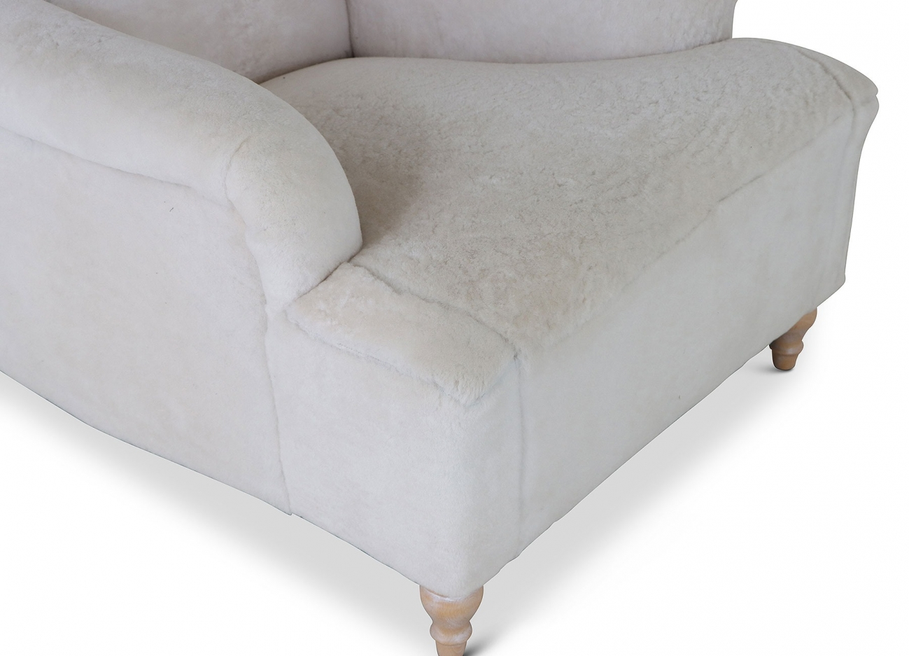 Milton 1930s style easy chair in sheepskin wool