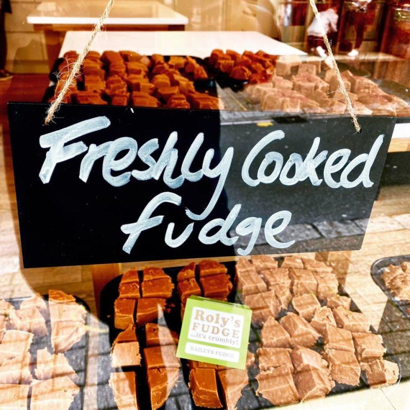 Roly's Fudge Shop re-opens......