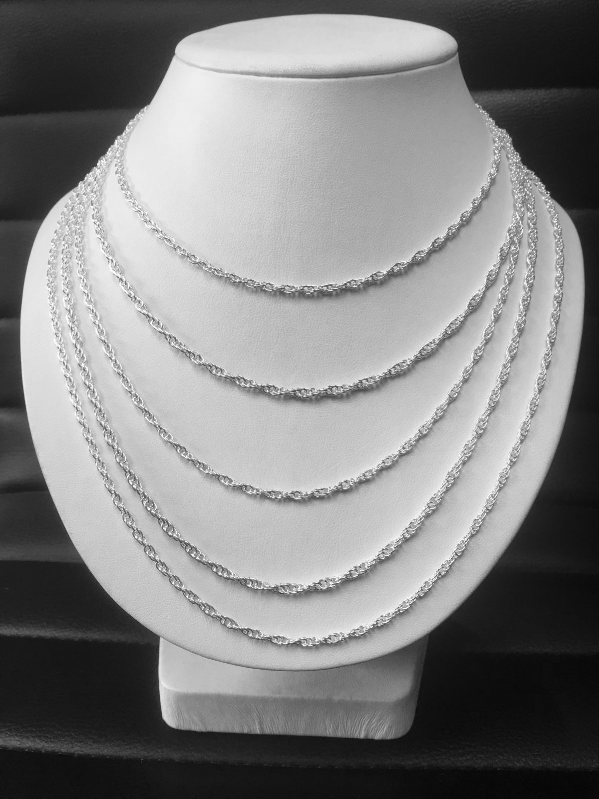 "Sterling Silver 18"" Solid Rope Chain"